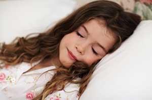 خوابیدن در مکان روشن و پر نور زنان را چاق می کند