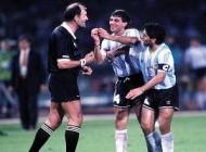 حواس پرت ترین داور جام جهانی از نظر فیفا