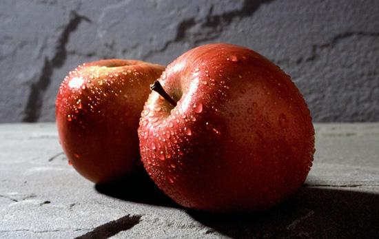 با 13 خواص معجزه گر سیب آشنا شوید
