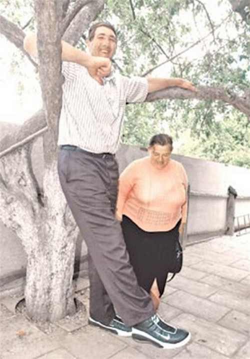 خبر درگذشت بلند قامت ترین مرد جهان(عکس)