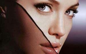 بازگشت آنجلینا جولی به صدر ستاره های بین المللی