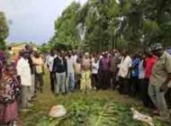 ختنه کردن به روش عجیب درقبیله ای درغرب کنیا(عکس)