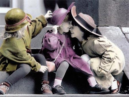 عکس هایی عاشقانه از دنیای پر احساس کودکان