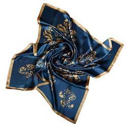 چگونه شال و روسری شیک و مناسب انتخاب کنیم؟