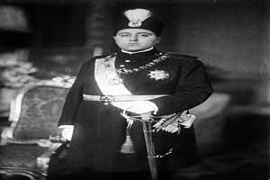تونل زمان،عکس تاریخی احمد شاه قاجار در روز سیزده بدر