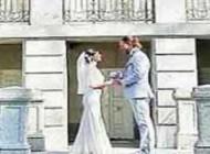 90 بار عروسی این زوج در 90 نقطه از جهان (عکس)