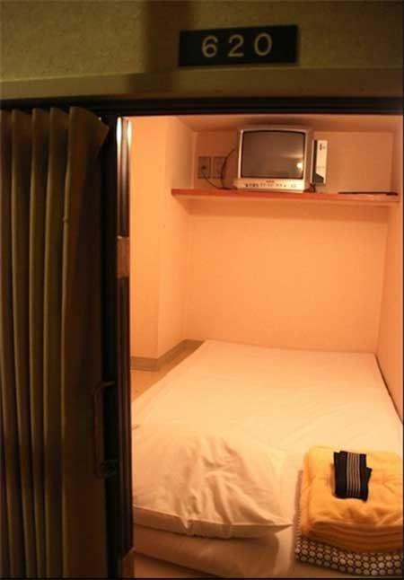 هتل های جالب کپسولی در ژاپن! (عکس)