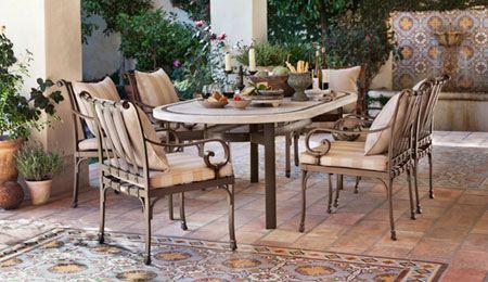 مدل میز و صندلی و مبل راحتی برای پنت هاوس