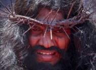 عکسهای به صلیب کشیدن مسیحیان با میخ 7 سانتی
