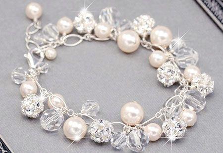 جواهرات زیبا تزیین شده با مروارید
