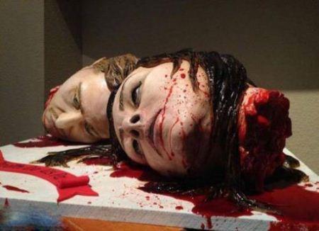 کیک عروسی ترسناک شبیه سرقطع شده عروس و داماد