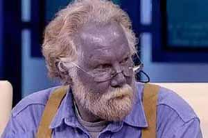 مردی شگفت انگیز و عجیب با پوست آبی رنگ! عکس