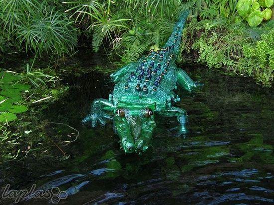 ساختن مجسمه های زیبا و خلاقانه با مواد بازیافتی (عکس)