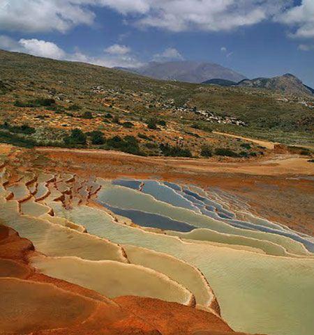 چشمه های طبیعی و زیبا باداب سورت اروست + تصاویر