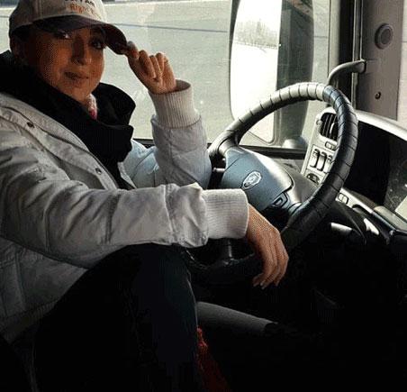 عکس های دختر خوشگل ایرانی راننده ی تریلی اسکانیا