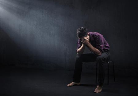 مقاله ای جامع درباره افسردگی، دلایل و علائم بیماری افسردگی