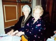 پیرترین دوقلوهای 103 ساله در جهان (عکس)