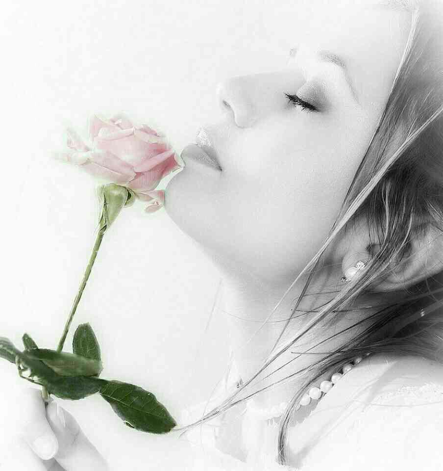 رمانتیک ترین (عکس های عاشقانه) و تکست های زیبا