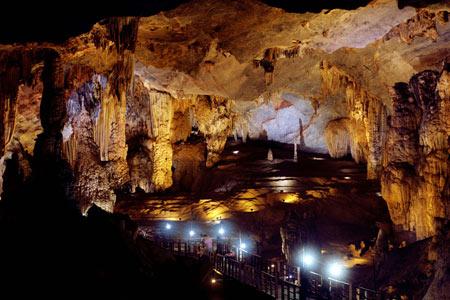 عکسهای خارق العاده از غار افسانه ای تین کونگ در ویتنام