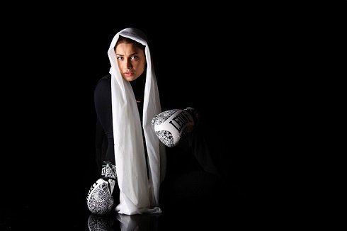 تیپ جنجالی تینا آخوندبار با لباس پسرانه (عکس)