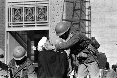 رویدادهای دهه فجر|روز شمار دهه فجر و تصاویر تاریخی آن زمان