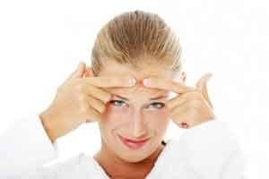 روش های از بین بردن جوش های زیر پوستی