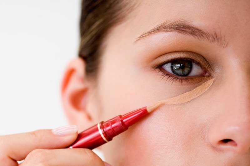 کانسیلر چیست و در آرایش صورت چه کاربردی دارد