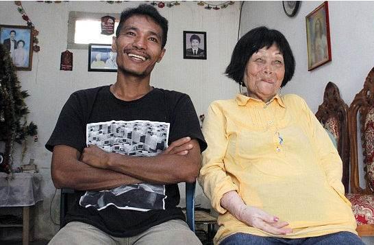 عشق بین پیرزن 83 ساله و پسر 24 ساله