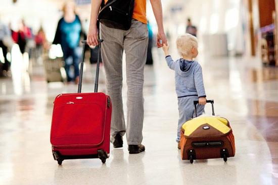 با این روش ها سفر خوبی با کودکتان داشته باشید