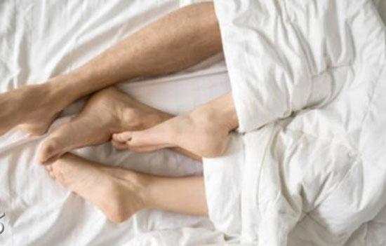 رابطه زن جوان متاهل با پیرمرد 71ساله