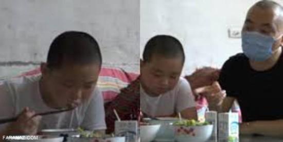 چاق شدن این کودک به خاطر پدرش + عکس