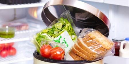 موادغذایی که پس از گذشت تاریخ مصرفشان به هیچ عنوان نباید مصرف کنیم