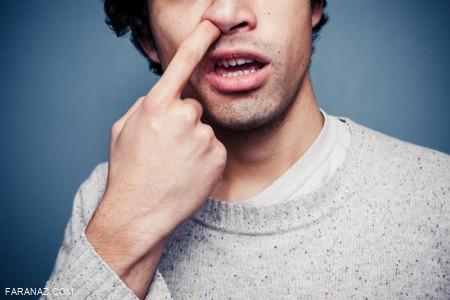 دلیل اعتیاد به انگشت کردن در بینی چیست؟ + روش ترک آن
