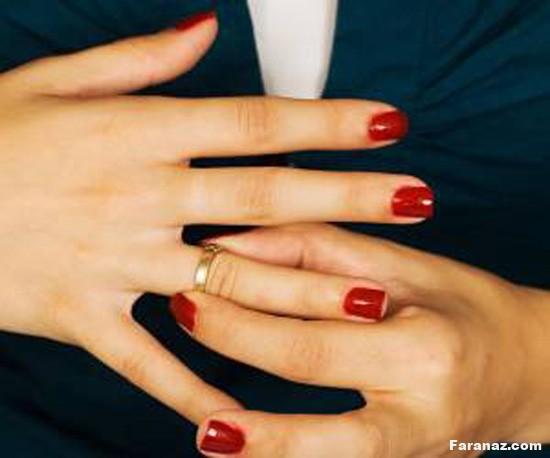 آیا میدانید به چه علت با حلقه ازدواج بازی میکنیم؟