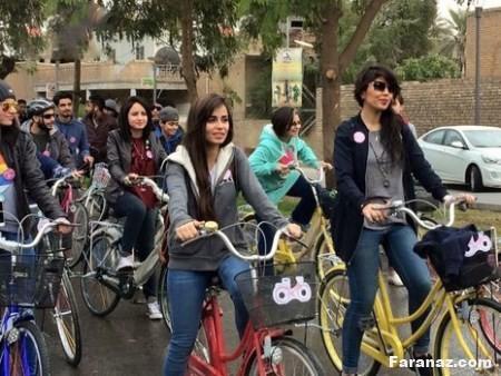 عکس های خوشگل و بی حجاب دختران عراقی در حال دوچرخه سواری